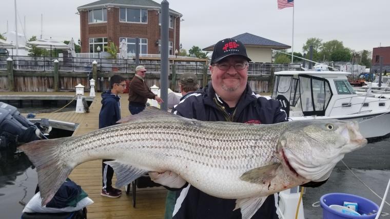 Vinne 42-lb bass